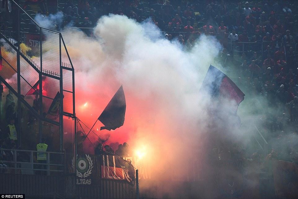 Video ket qua Italia vs Albania: Buffon giu sach luoi o tran dau 1000 hinh anh 6