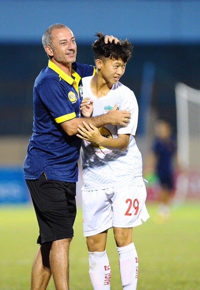 U19 HAGL Arsenal co tran dau tot nhat giai hinh anh 1