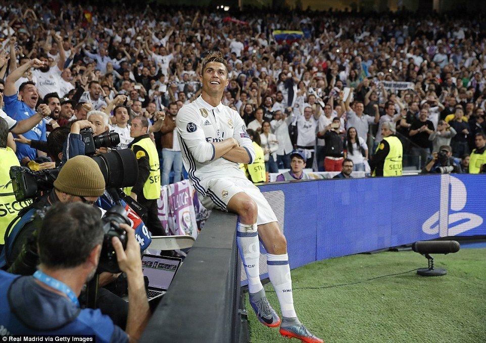 Cam on cuoc doi da tao ra thoi dai Messi Ronaldo hinh anh 3
