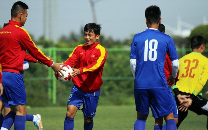HLV Hoang Anh Tuan: Khong co suc manh se khong tru duoc o World Cup U20 hinh anh 1