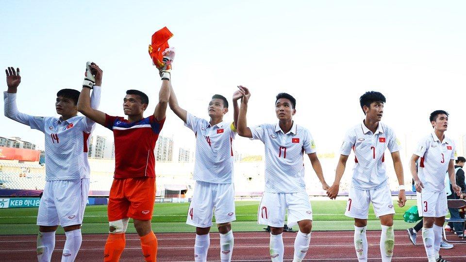 Nu cuoi Quang Hai va niem tin gianh ve di tiep cua U20 Viet Nam hinh anh 11