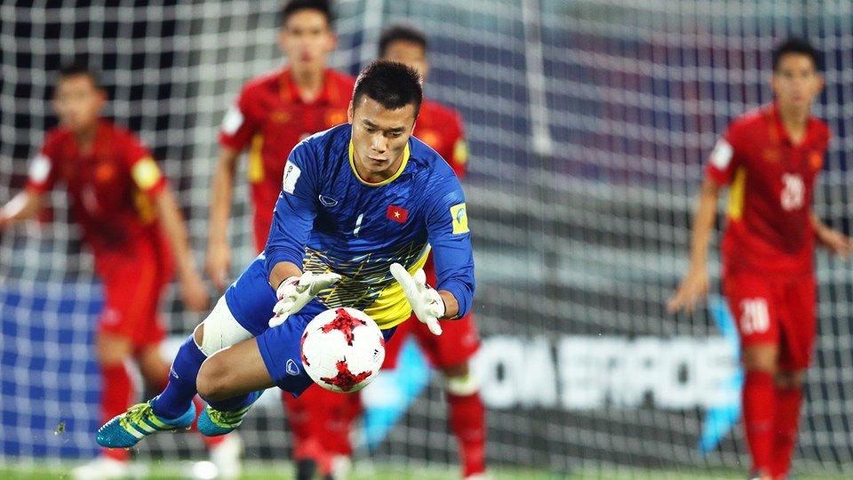 Cau thu U20 Viet Nam nao duoc HLV Huu Thang trieu tap da SEA Games? hinh anh 3