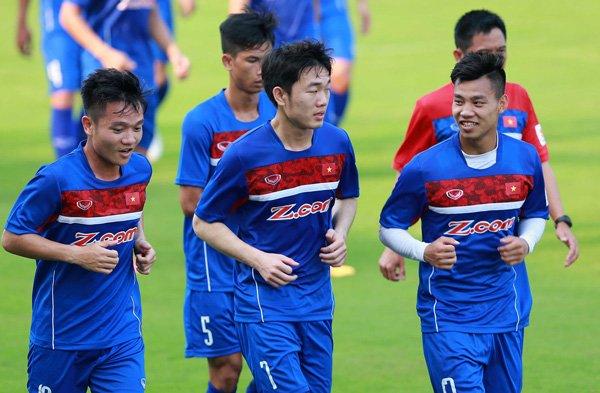 HLV Huu Thang: Khong de de cau thu U20 Viet Nam da chinh hinh anh 1