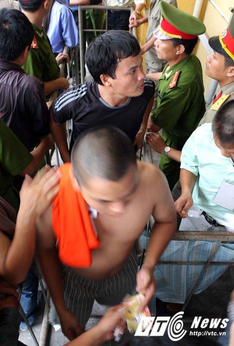 Cam CDV Hai Phong den san khach: Co cam noi khong? hinh anh 2