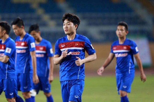 Xuan Truong ve nuoc tang cuong suc manh cho U22 Viet Nam hinh anh 1