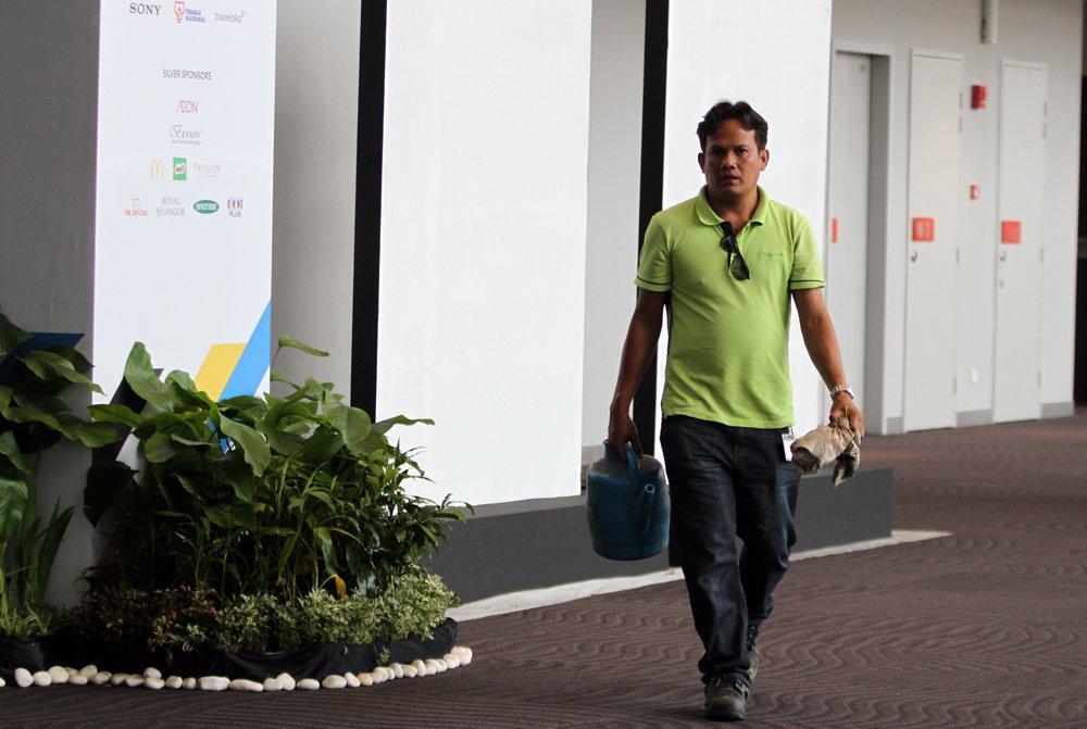 Nha thi dau lon nhat SEA Games 29: Gia 150 trieu USD, tram nguoi cat co hut bui hang ngay hinh anh 10