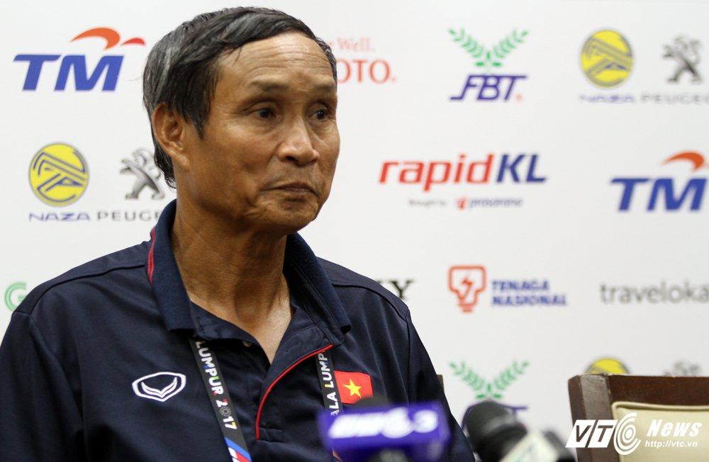 BLV Quang Huy: VFF dung dan khi lua chon HLV Mai Duc Chung hinh anh 1