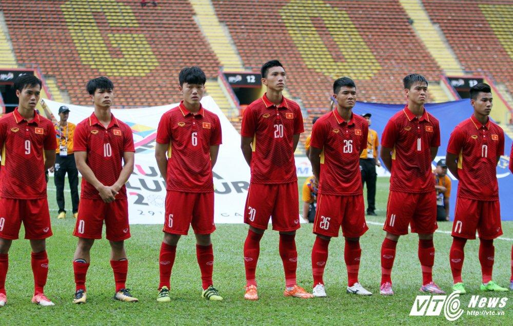 Xem truc tiep Viet Nam vs Indonesia - Bang B bong da SEA Games 29 hinh anh 9