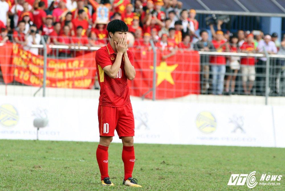 An tuong SEA Games 29: Anh Vien cuoi rang ro, e che U22 Viet Nam hinh anh 12
