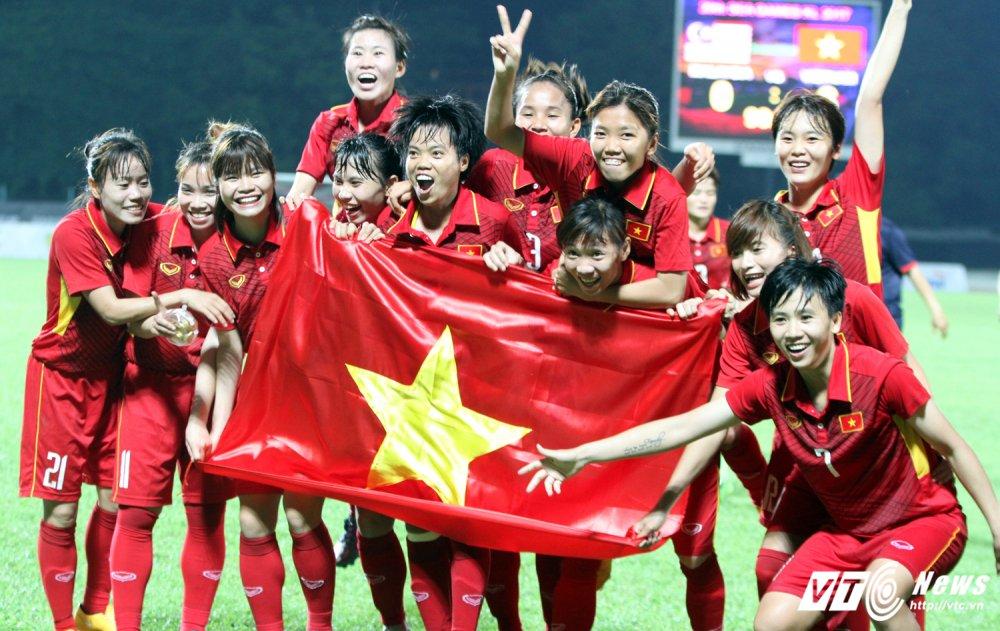 An tuong SEA Games 29: Anh Vien cuoi rang ro, e che U22 Viet Nam hinh anh 11