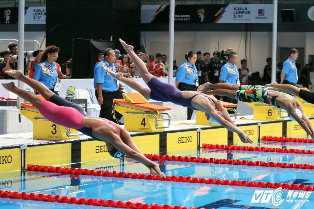 An tuong SEA Games 29: Anh Vien cuoi rang ro, e che U22 Viet Nam hinh anh 1