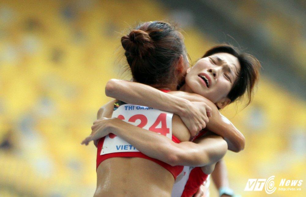 An tuong SEA Games 29: Anh Vien cuoi rang ro, e che U22 Viet Nam hinh anh 7