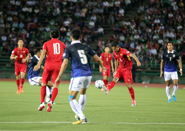 Thong ke bat ngo tran Viet Nam thang nhoc Campuchia co the khien fan HAGL buon long hinh anh 1