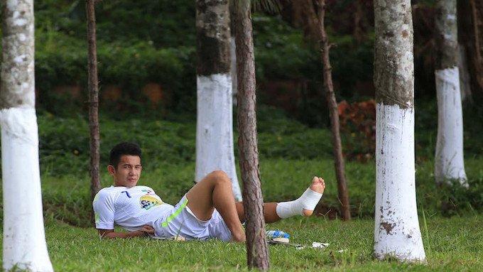 Hong Duy phai nghi hai thang vi chan thuong hy huu, Tuan Anh san sang tro lai hinh anh 1