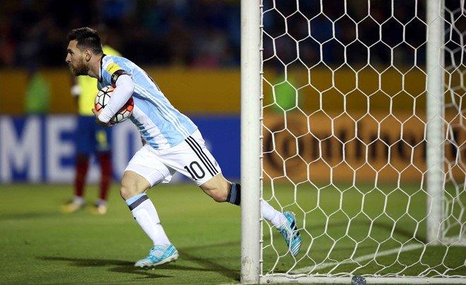 Messi dua Argentina den World Cup, Chile bi loai cay dang hinh anh 1
