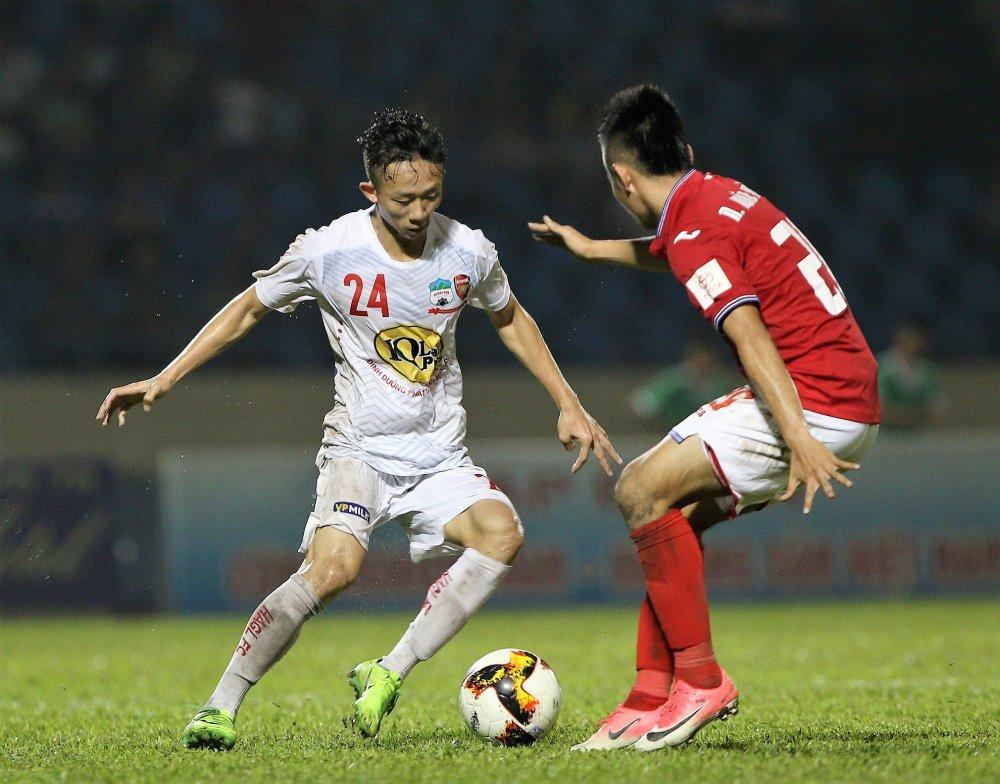U23 Viet Nam tap trung: Quan bau Duc ap dao la duong nhien hinh anh 2
