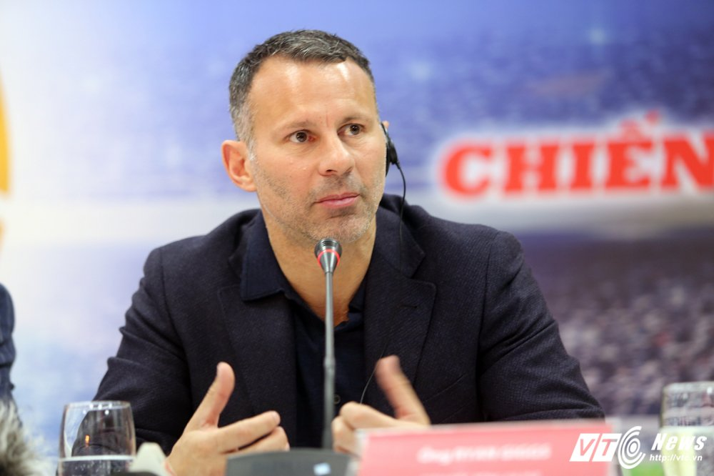 Giggs mong Viet Nam du World Cup 2030, BLV Quang Huy: Nhin PVF co the mo uoc hinh anh 1