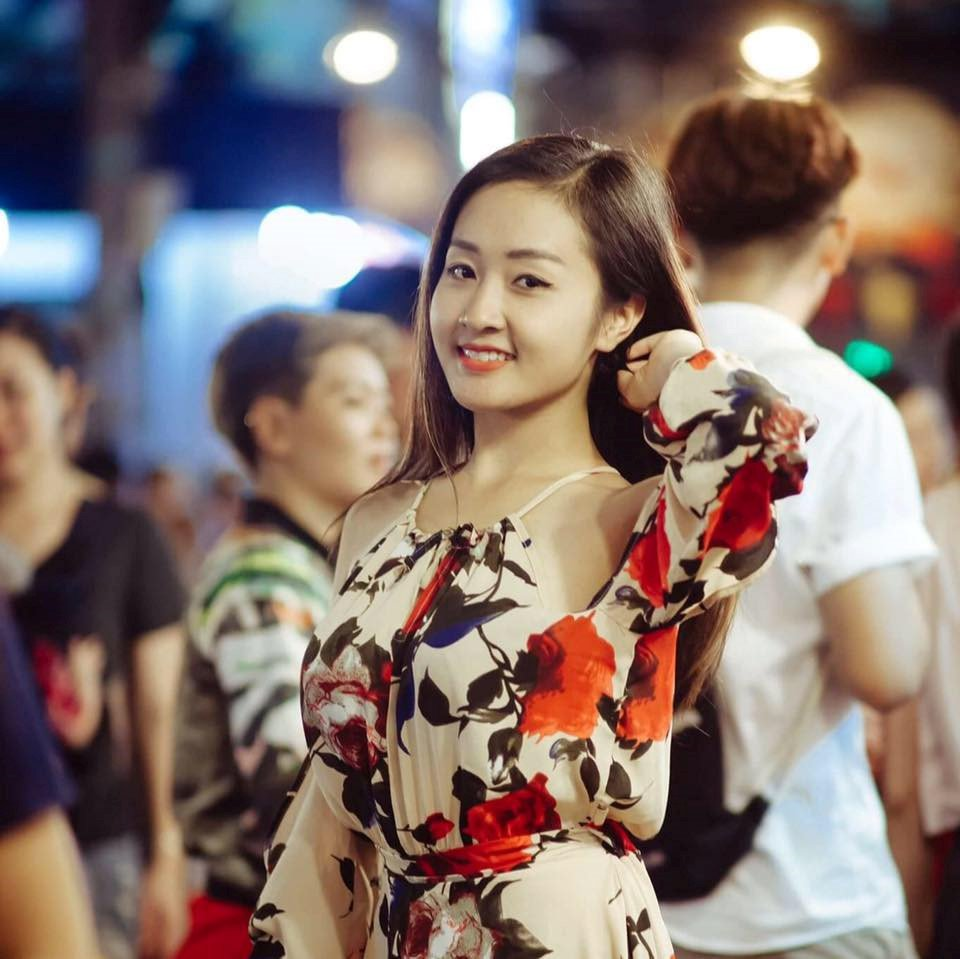 Nhan sac cua vo 'hot boy the duc' Pham Phuoc Hung hinh anh 3
