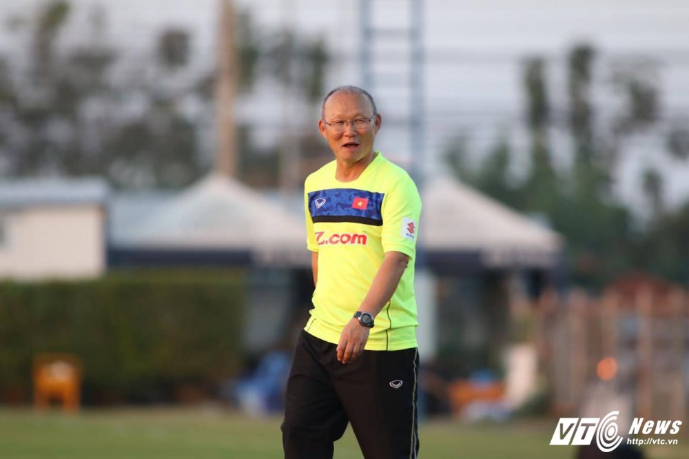 HLV Park Hang Seo dung cong hoan thien bo ba nguyen tu Cong Phuong, Quang Hai, Van Toan hinh anh 12