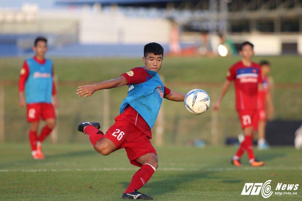 U23 Viet Nam ren moi hang cong, tap chong bong bong hinh anh 2