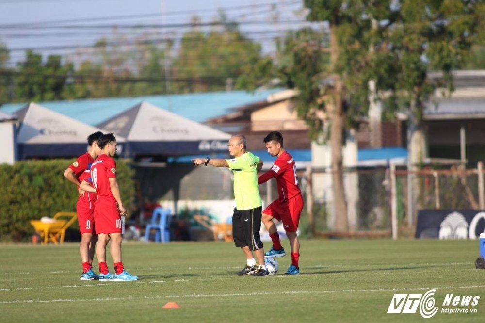 HLV Park Hang Seo dung cong hoan thien bo ba nguyen tu Cong Phuong, Quang Hai, Van Toan hinh anh 11