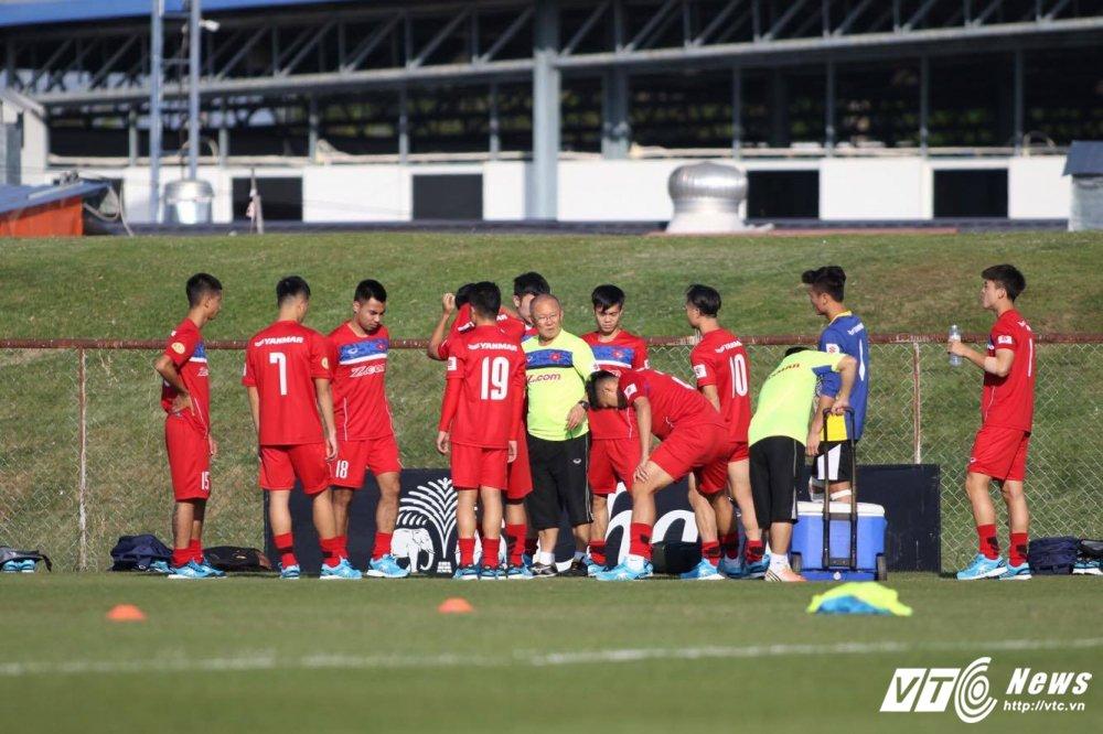 HLV Park Hang Seo dung cong hoan thien bo ba nguyen tu Cong Phuong, Quang Hai, Van Toan hinh anh 9