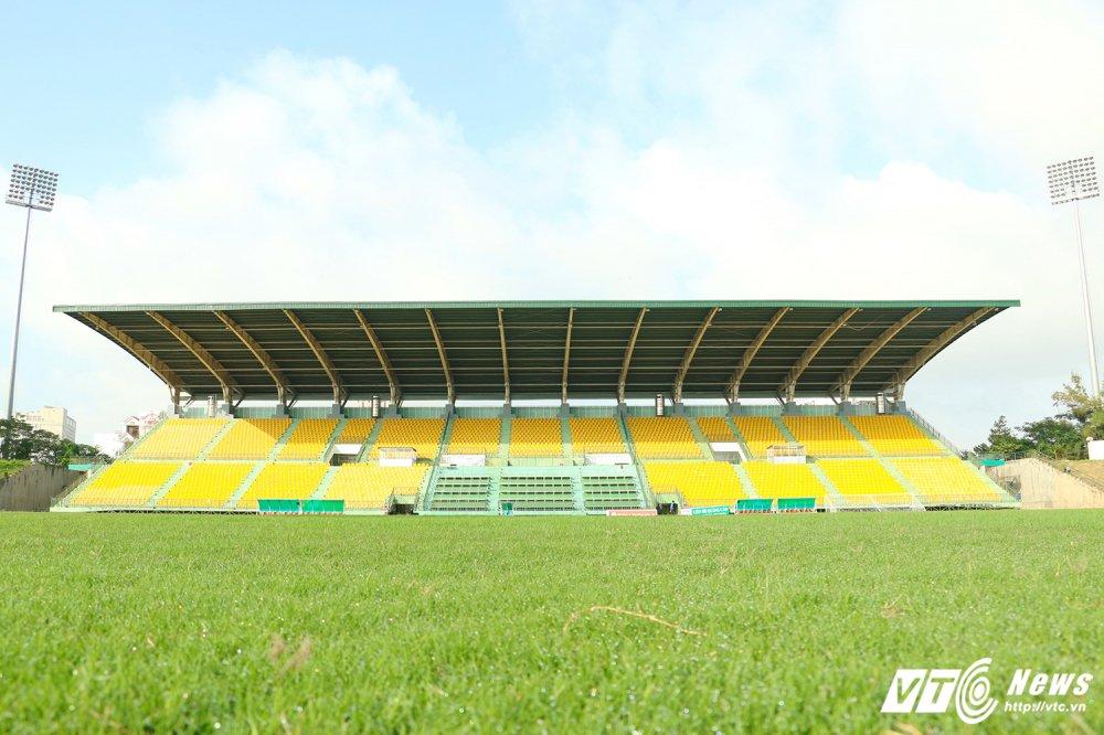 U21 Quoc te Bao Thanh Nien: Can canh san dau co mat co dep nhat V-League hinh anh 1
