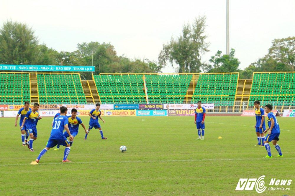U21 Quoc te Bao Thanh Nien: Can canh san dau co mat co dep nhat V-League hinh anh 9