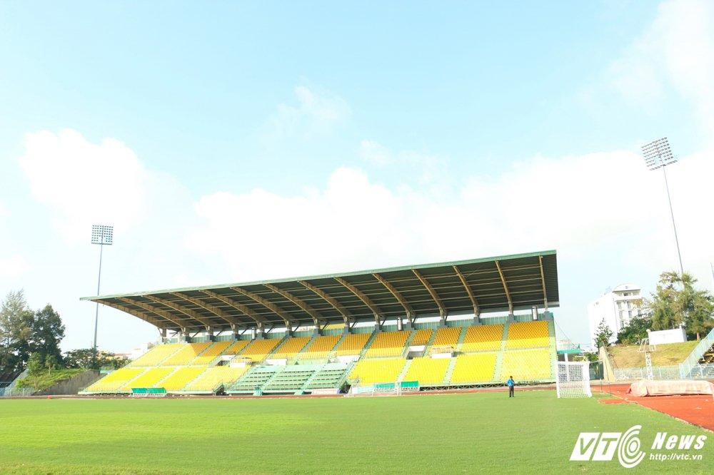 U21 Quoc te Bao Thanh Nien: Can canh san dau co mat co dep nhat V-League hinh anh 2