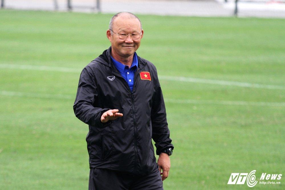 HLV Park Hang Seo: Len gan qua, coi chung... lo hinh anh 1