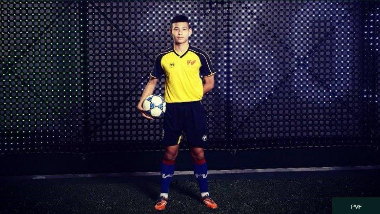 Quan nha ty phu Pham Nhat Vuong o at len V-League hinh anh 2