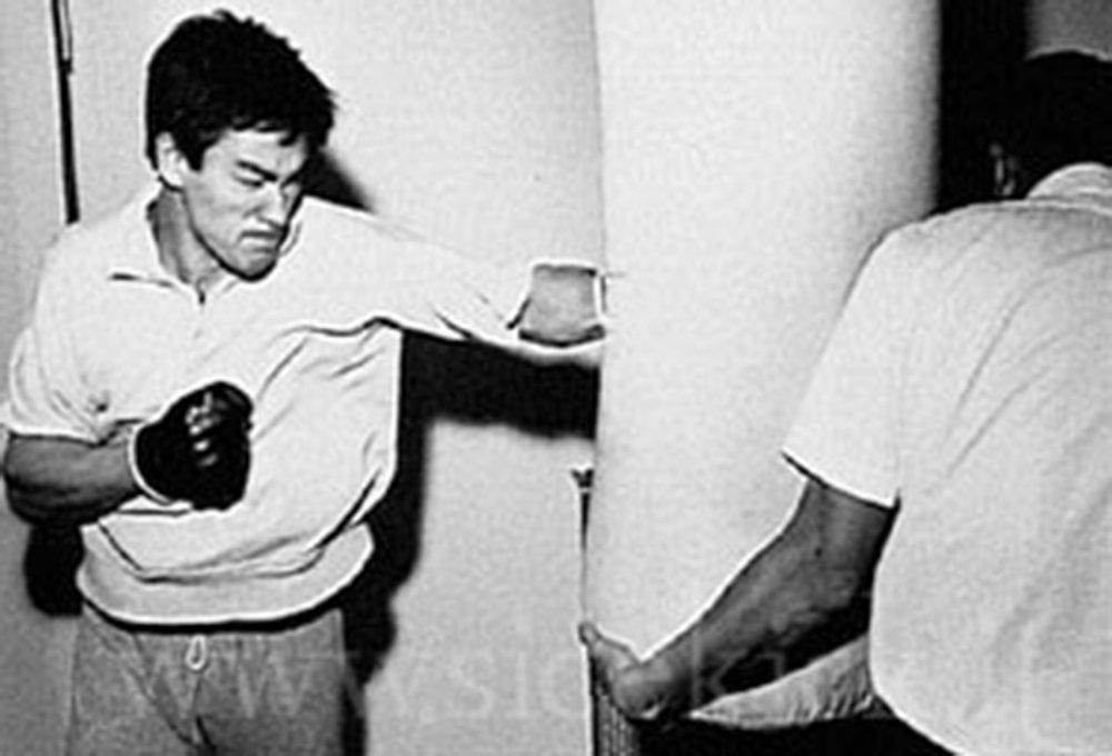 Clip: Ly Tieu Long con kem xa Mike Tyson? hinh anh 1