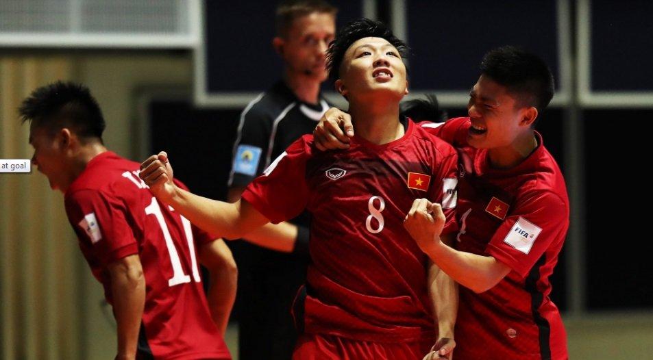 Nguoi hung World Cup bi loai khoi doi tuyen futsal Viet Nam du giai chau luc hinh anh 1