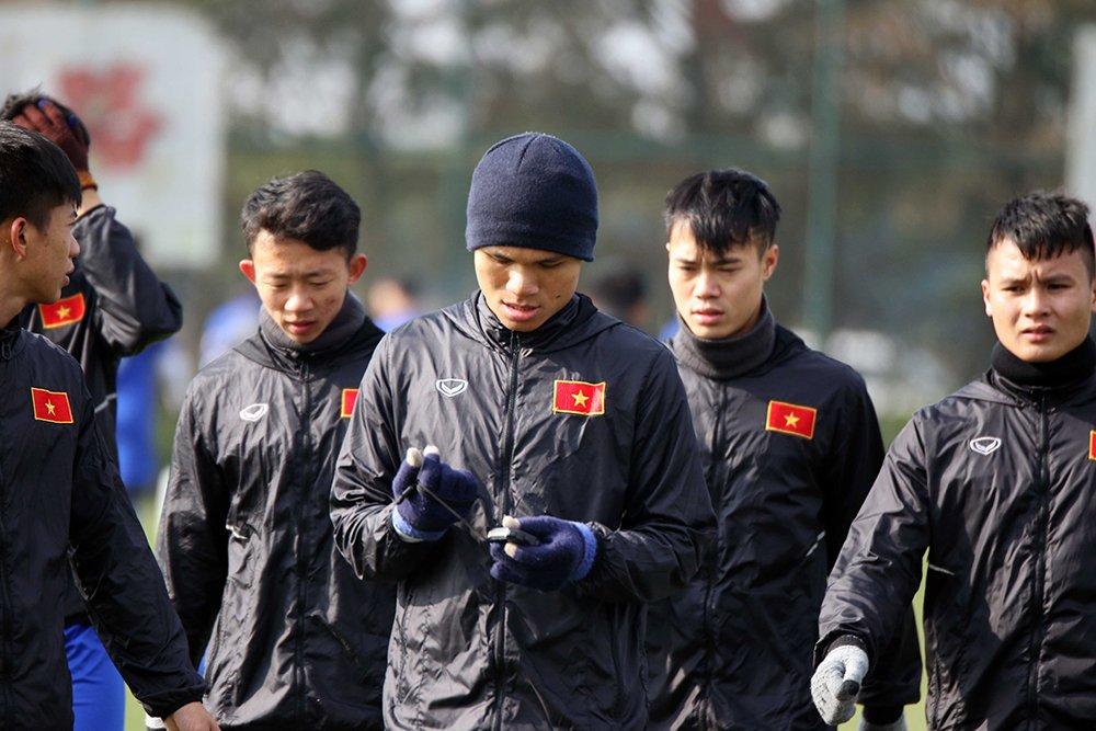 Tuyen thu U23 Viet Nam choi mat sau nhieu ngay khong thay mat troi hinh anh 4