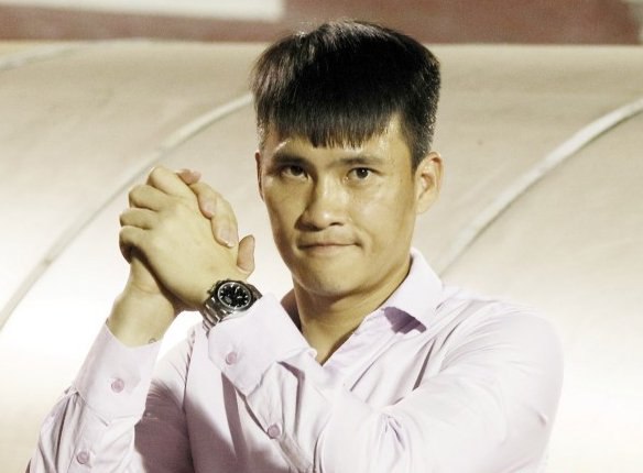 Cong Vinh: 'U23 la moc son nhung bong da Viet Nam con khoang cach xa tam chau A' hinh anh 1