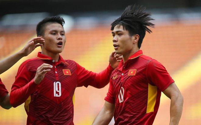 Truyen hinh Trung Quoc: Cong Phuong, Quang Hai dat muc tieu U23 Viet Nam vo dich hinh anh 1