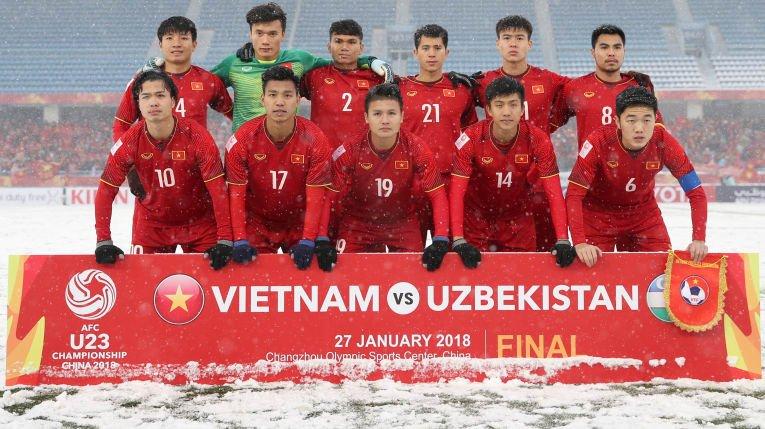 Tang bang khen 7 CLB giup U23 Viet Nam lap ky tich chau A hinh anh 1