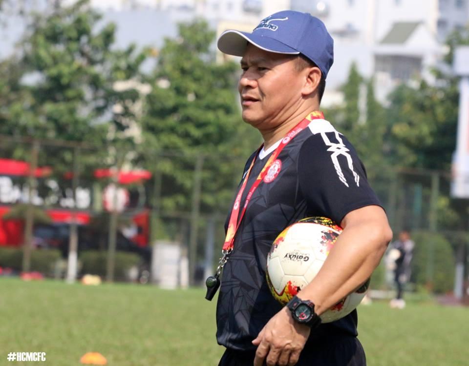Tam biet Park Hang Seo, 'pho tuong' cua Cong Vinh tro ve lam canh tay phai HLV Miura hinh anh 7
