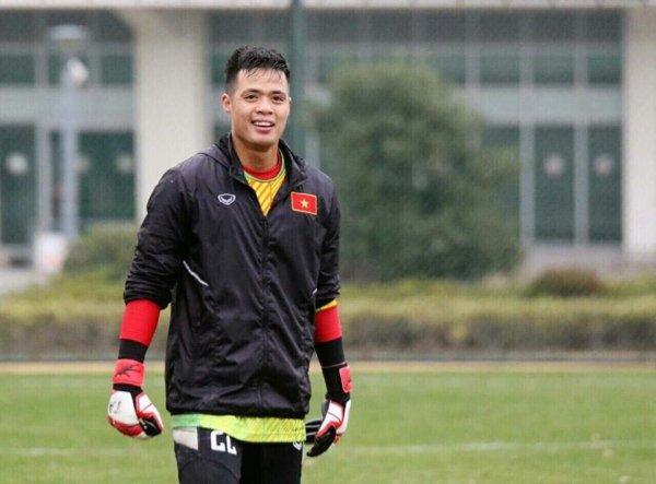Thu mon U23 Viet Nam: Cho tien thuong sua can nha dot va chua benh ung thu cho me hinh anh 2