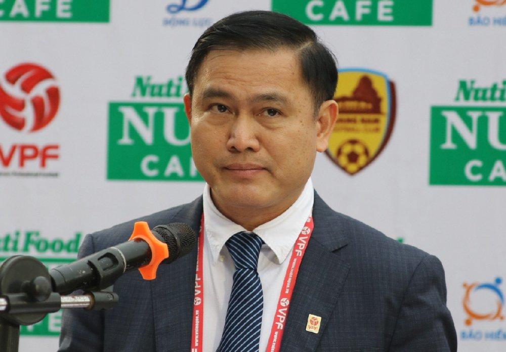 VPF tuyen chien voi van nan phao sang tai V-League hinh anh 1