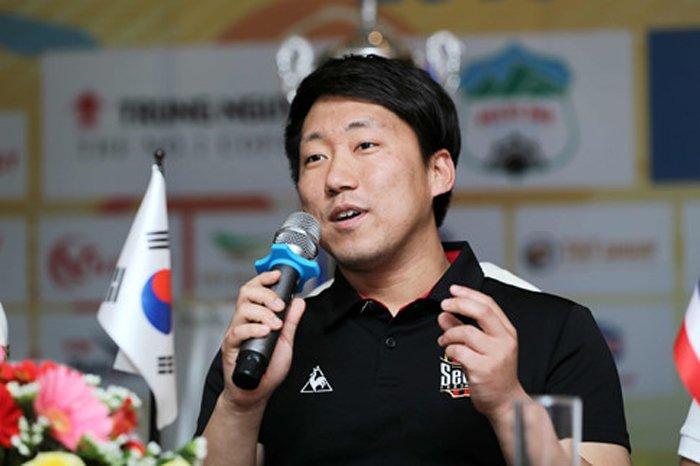 'De tu' HLV Park Hang Seo sang Viet Nam tiet lo dieu dac biet hinh anh 2