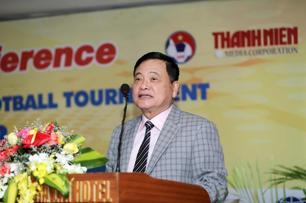 Ong Nguyen Cong Khe: Bong da Viet Nam muon thanh cong phai tap hop duoc nguon luc hinh anh 4
