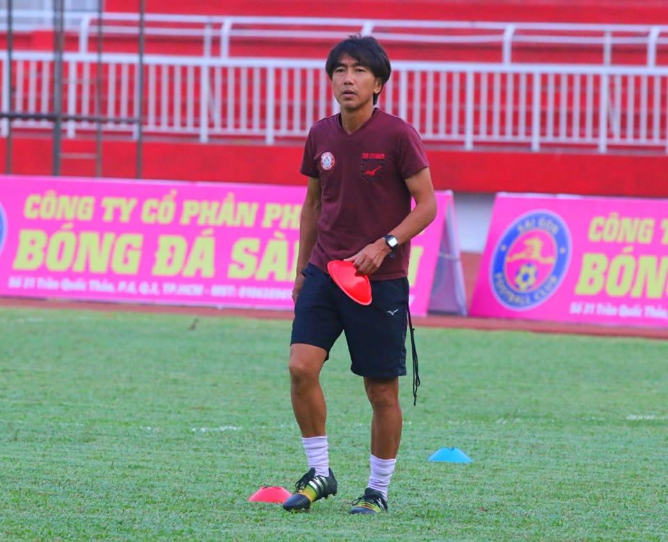 Tam diem vong 3 V-League: Derby Sai Gon dau tien cua Miura hinh anh 1