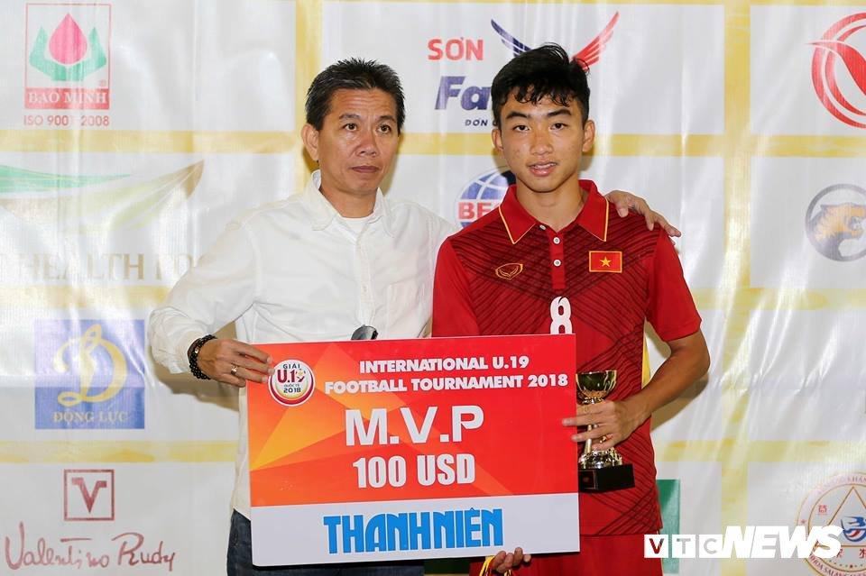 'Tu lua U19 tro xuong, Thai Lan phai ngan Viet Nam' hinh anh 2