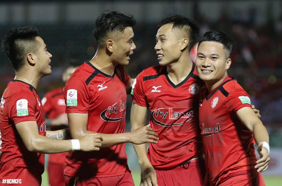 'Ronaldo xu Nghe' muon tro lai doi tuyen, HLV Park Hang Seo cuoi rat tuoi hinh anh 8