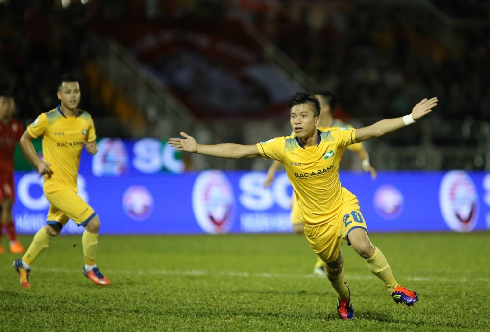 Video: Sao U23 khien doi Cong Vinh nhan trai dang hinh anh 1