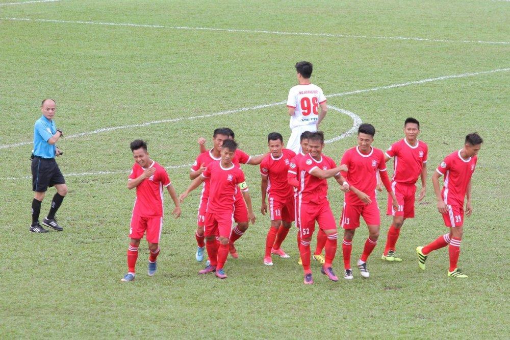 Hang ngan fan dat vo xem Viettel dau Binh Dinh o Cup Quoc gia hinh anh 15