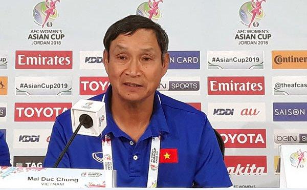 HLV Mai Duc Chung: Viet Nam khong may man gap toan doi manh hinh anh 2