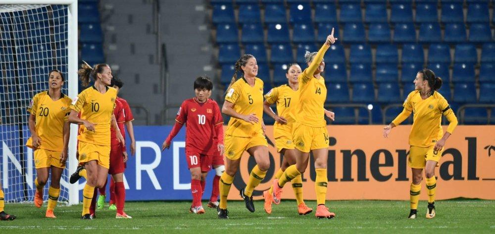 Tuyen nu Philippines co the du World Cup nhung Viet Nam thi cuc kho hinh anh 3