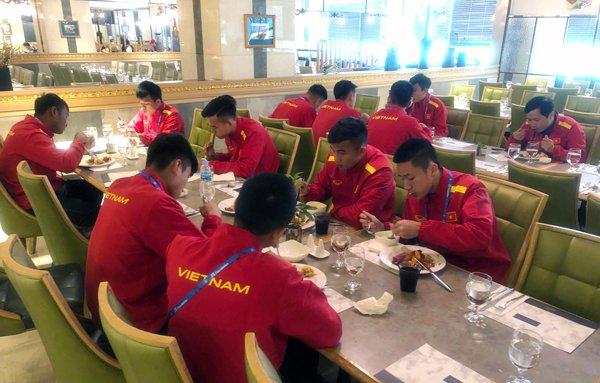 U19 Viet Nam len ke hoach nghenh chien U19 Mexico hinh anh 2